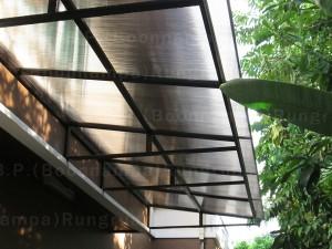 โครงไม้เทียม กันสาดโพลีคาร์บอเนต หลังคาโพลีคาร์บอเนต สีใส กันสาดโปร่งแสง